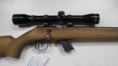 Anschutz model 1400 bolt action rim fire rifle in 22LR